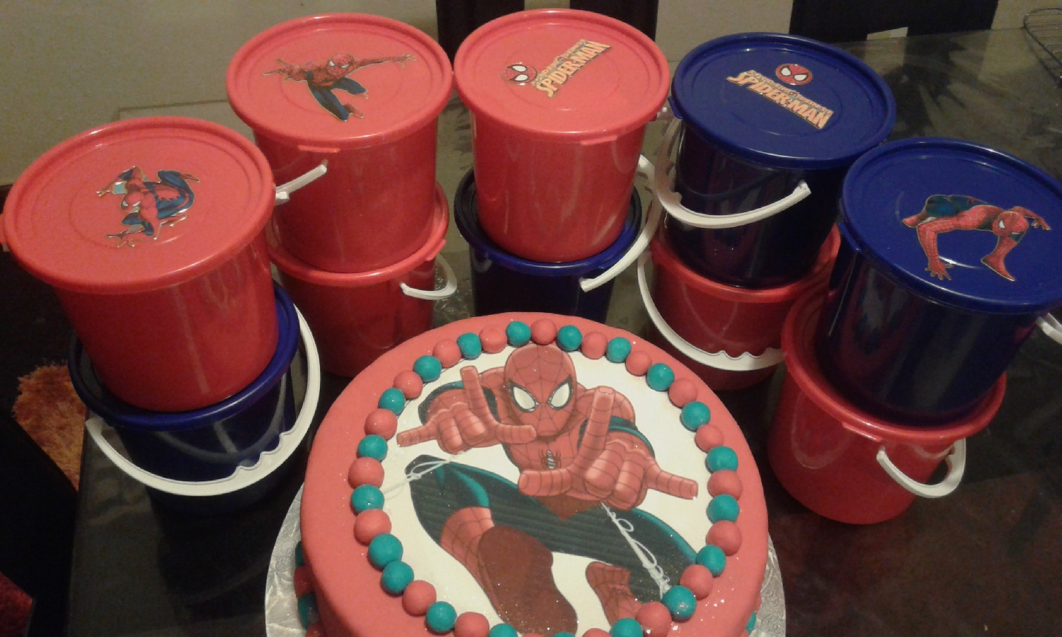 cupcakes-&amp-party-packs-for-school
